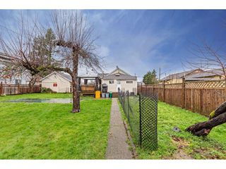 """Photo 31: 34680 2ND Avenue in Abbotsford: Poplar House for sale in """"HUNTINGDON VILLAGE"""" : MLS®# R2528448"""