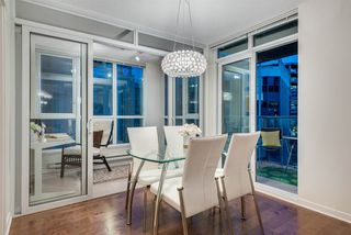 """Photo 9: 1703 1189 MELVILLE Street in Vancouver: Coal Harbour Condo for sale in """"The Melville"""" (Vancouver West)  : MLS®# R2403509"""