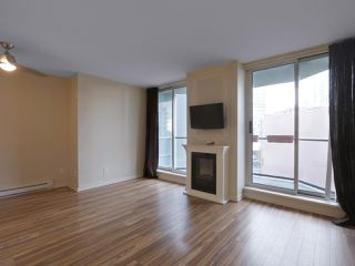 """Photo 4: 409 1212 HOWE Street in Vancouver: Downtown VW Condo for sale in """"1212 HOWE"""" (Vancouver West)  : MLS®# R2404018"""