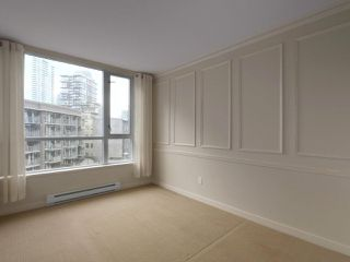 """Photo 10: 409 1212 HOWE Street in Vancouver: Downtown VW Condo for sale in """"1212 HOWE"""" (Vancouver West)  : MLS®# R2404018"""