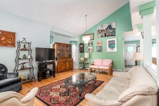 Photo 3: 6576 158 Avenue in Edmonton: Zone 03 House Half Duplex for sale : MLS®# E4180220