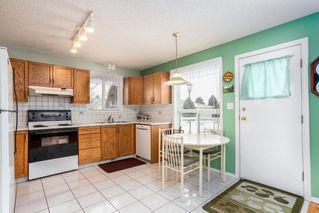 Photo 7: 6576 158 Avenue in Edmonton: Zone 03 House Half Duplex for sale : MLS®# E4180220