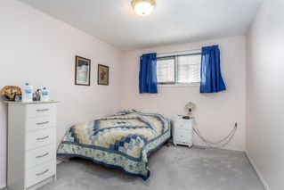 Photo 16: 6576 158 Avenue in Edmonton: Zone 03 House Half Duplex for sale : MLS®# E4180220