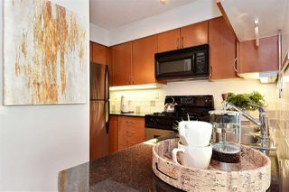 Photo 7: 2501 63 KEEFER PLACE in Vancouver: Downtown VW Condo for sale (Vancouver West)  : MLS®# R2324107