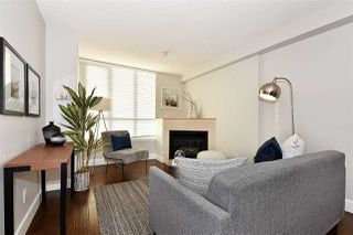 Photo 2: 2501 63 KEEFER PLACE in Vancouver: Downtown VW Condo for sale (Vancouver West)  : MLS®# R2324107
