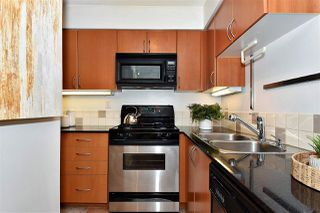 Photo 8: 2501 63 KEEFER PLACE in Vancouver: Downtown VW Condo for sale (Vancouver West)  : MLS®# R2324107