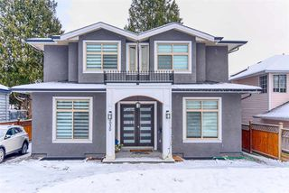 Main Photo: 2030 EDINBURGH Street in New Westminster: Connaught Heights House for sale : MLS®# R2428839