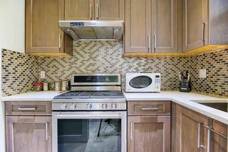 Photo 12: 2030 EDINBURGH Street in New Westminster: Connaught Heights House for sale : MLS®# R2428839