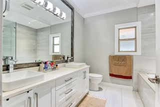Photo 18: 2030 EDINBURGH Street in New Westminster: Connaught Heights House for sale : MLS®# R2428839
