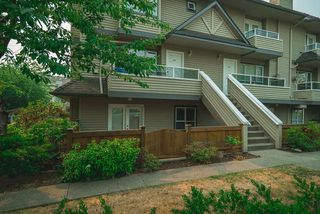 Photo 2: 104 3938 ALBERT STREET in Burnaby: Vancouver Heights Townhouse for sale (Burnaby North)  : MLS®# R2300525