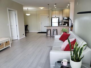 "Photo 3: 410 2581 LANGDON Street in Abbotsford: Abbotsford West Condo for sale in ""Cobblestone"" : MLS®# R2460903"