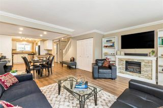 """Photo 5: 22741 GILLEY Avenue in Maple Ridge: East Central Townhouse for sale in """"CEDAR GROVE 2"""" : MLS®# R2480697"""
