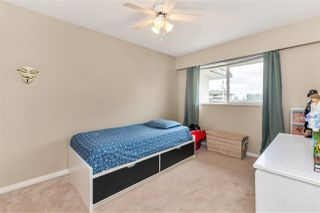 """Photo 26: 22741 GILLEY Avenue in Maple Ridge: East Central Townhouse for sale in """"CEDAR GROVE 2"""" : MLS®# R2480697"""