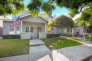 Photo 2: OCEAN BEACH Townhouse for sale : 2 bedrooms : 4929 Brighton Ave in San Diego