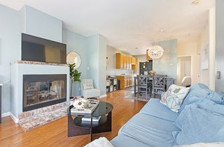 Photo 7: OCEAN BEACH Townhouse for sale : 2 bedrooms : 4929 Brighton Ave in San Diego