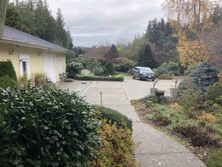 Photo 3: 5245 SELMA PARK Road in Sechelt: Sechelt District House for sale (Sunshine Coast)  : MLS®# R2516118