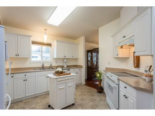 """Photo 7: 11 45918 KNIGHT Road in Chilliwack: Sardis East Vedder Rd House for sale in """"Country Park Village"""" (Sardis)  : MLS®# R2517251"""