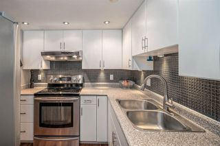 """Photo 11: 207 812 MILTON Street in New Westminster: Uptown NW Condo for sale in """"Hawthorn Place"""" : MLS®# R2521577"""