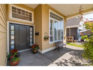 Photo 2: 5112 WESTMINSTER Court in Delta: Hawthorne House for sale (Ladner)  : MLS®# R2399474