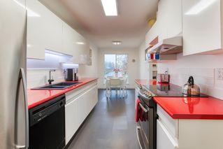 "Photo 5: 212 14998 101A Avenue in Surrey: Guildford Condo for sale in ""CARTIER PLACE"" (North Surrey)  : MLS®# R2427256"
