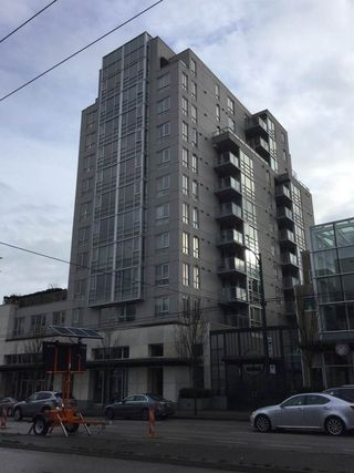"Main Photo: 304 1030 W BROADWAY in Vancouver: Fairview VW Condo for sale in ""La Colomba"" (Vancouver West)  : MLS®# R2429969"