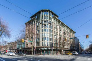 "Main Photo: 213 1 E CORDOVA Street in Vancouver: Downtown VE Condo for sale in ""Carrall Station"" (Vancouver East)  : MLS®# R2439201"