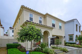 Photo 3: CHULA VISTA House for sale : 4 bedrooms : 4869 Beacon Ln in San Diego