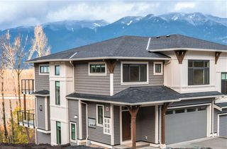 Photo 1: 3 43575 CHILLIWACK MOUNTAIN ROAD in Chilliwack: Chilliwack Mountain Townhouse for sale : MLS®# R2435856