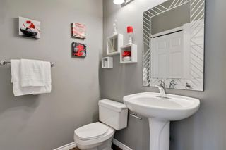 Photo 9: 26 PROMENADE Way SE in Calgary: McKenzie Towne Row/Townhouse for sale : MLS®# A1015071