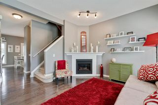 Photo 5: 26 PROMENADE Way SE in Calgary: McKenzie Towne Row/Townhouse for sale : MLS®# A1015071
