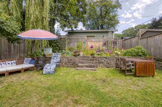 """Photo 2: 2224 VICTORIA Drive in Vancouver: Grandview Woodland House for sale in """"""""Mini Mint Manor"""""""" (Vancouver East)  : MLS®# R2482613"""