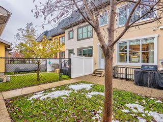 Photo 32: 252 QUARRY PARK Boulevard SE in Calgary: Douglasdale/Glen Row/Townhouse for sale : MLS®# A1045762