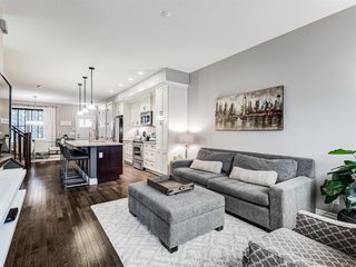 Photo 13: 252 QUARRY PARK Boulevard SE in Calgary: Douglasdale/Glen Row/Townhouse for sale : MLS®# A1045762