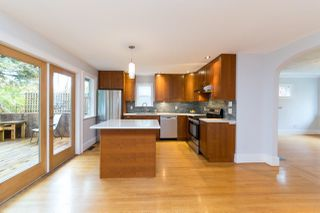 Photo 10: 2568 GRAVELEY Street in Vancouver: Renfrew VE House for sale (Vancouver East)  : MLS®# R2515197