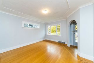 Photo 4: 2568 GRAVELEY Street in Vancouver: Renfrew VE House for sale (Vancouver East)  : MLS®# R2515197