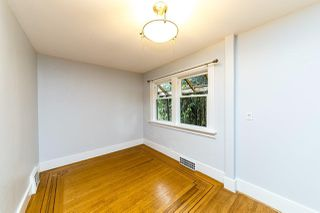 Photo 11: 2568 GRAVELEY Street in Vancouver: Renfrew VE House for sale (Vancouver East)  : MLS®# R2515197