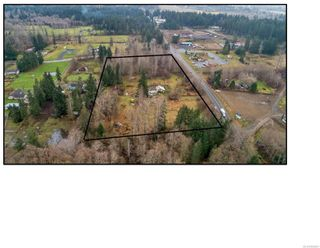 Photo 2: 8712 N Island Hwy in : CV Merville Black Creek Other for sale (Comox Valley)  : MLS®# 860803