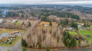 Photo 12: 8712 N Island Hwy in : CV Merville Black Creek Other for sale (Comox Valley)  : MLS®# 860803