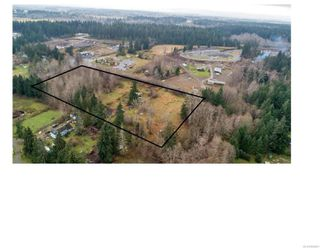 Photo 1: 8712 N Island Hwy in : CV Merville Black Creek Other for sale (Comox Valley)  : MLS®# 860803