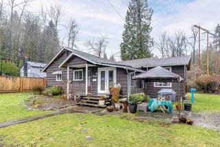"""Photo 3: 9418 GLENCOE Street in Burnaby: The Crest House for sale in """"CARIBOO - CUMBERLAND AREA"""" (Burnaby East)  : MLS®# R2526101"""
