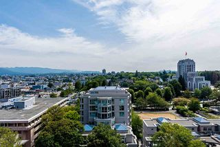 "Photo 3: 1203 2628 ASH Street in Vancouver: Fairview VW Condo for sale in ""CAMBRIDGE GARDENS"" (Vancouver West)  : MLS®# R2388198"