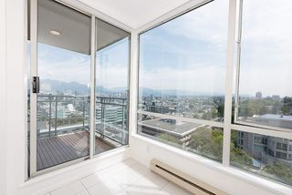 "Photo 13: 1203 2628 ASH Street in Vancouver: Fairview VW Condo for sale in ""CAMBRIDGE GARDENS"" (Vancouver West)  : MLS®# R2388198"