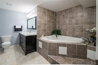 Photo 11: 299 CIMARRON Boulevard: Okotoks Detached for sale : MLS®# C4257704