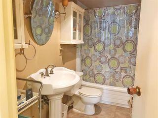 "Photo 12: 301 2381 BURY Avenue in Port Coquitlam: Central Pt Coquitlam Condo for sale in ""Riverside Manor"" : MLS®# R2397486"