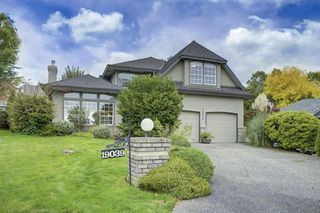 "Main Photo: 19039 59A Avenue in Surrey: Cloverdale BC House for sale in ""ROSEWOOD PARK"" (Cloverdale)  : MLS®# R2410032"