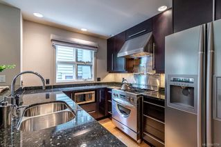 Photo 13: 122 Superior St in Victoria: Vi James Bay House for sale : MLS®# 841759