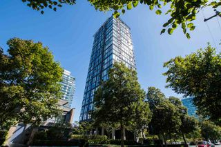 "Main Photo: 2408 1723 ALBERNI Street in Vancouver: West End VW Condo for sale in ""The Park"" (Vancouver West)  : MLS®# R2493180"