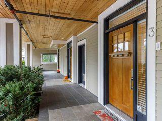"Photo 3: 3 3993 CHATHAM Street in Richmond: Steveston Village Townhouse for sale in ""STEVESTON VIEWS"" : MLS®# R2514881"