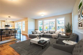 Photo 1: 2506 Lynburn Cres in : Na Departure Bay House for sale (Nanaimo)  : MLS®# 859831