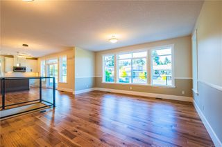 Photo 2: 2506 Lynburn Cres in : Na Departure Bay House for sale (Nanaimo)  : MLS®# 859831